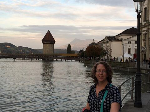 Me in front of the Chapel Bridge, or Kapellbrücke. And, look! Mountains!