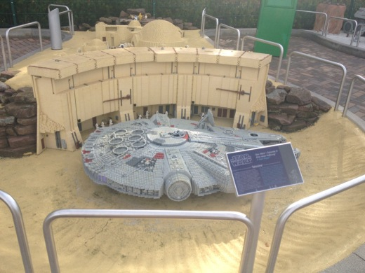 The Millennium Falcon as Mos Eisley.
