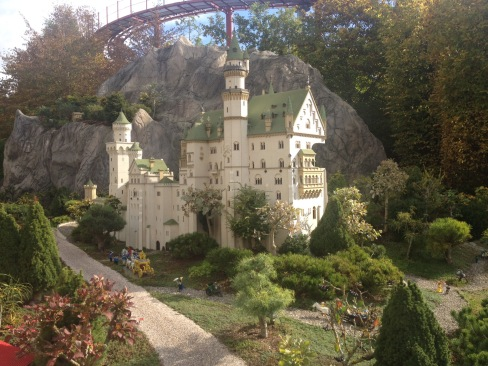 A scale model of Neuschawnstein!
