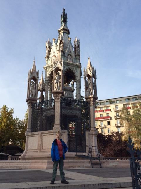 The whole Brunswick Monument.