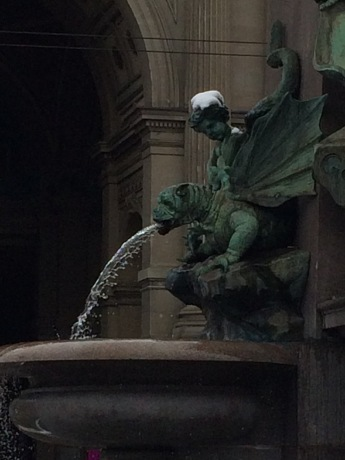 Love the gargoyles. More fountains should have gargoyles.